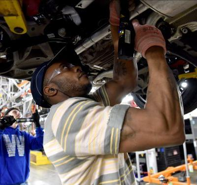 Ford is investing $1 billion and hiring 500 new employees at two Chicago factories