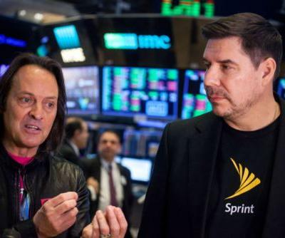 FCC will now take your comments on whether to allow T-Mobile/Sprint merger