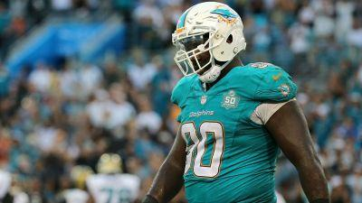 DT Earl Mitchell reportedly signs four-year deal with 49ers