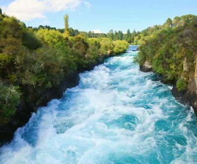 Plan your summer road trip: Central and East Coast Loop - Taupo, Rotorua, Gisborne, Hawke's Bay