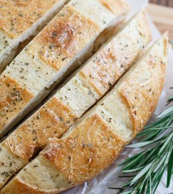 An Easy Focaccia Recipe for the Amateur Bread Baker