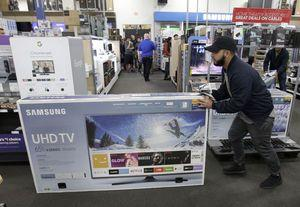 Stores hope deals, excitement draw shoppers for Black Friday