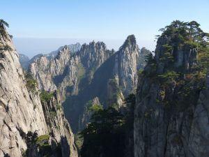 China's Mount Huangshan promotes itself in the international market