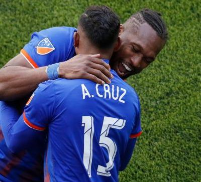 Expansion FC Cincinnati get first win, beating Timbers 3-0