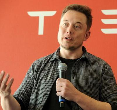 Elon Musk said Tesla is about to have the 'most amazing quarter' in its history - here's what workers think of his prediction