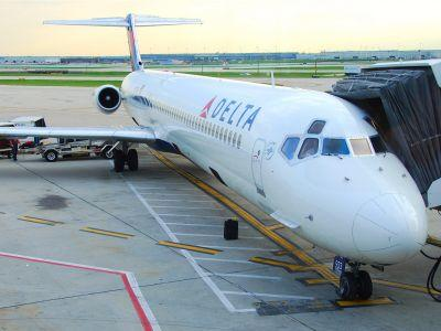 Here's why a Delta passenger was kicked off a plane for using the bathroom