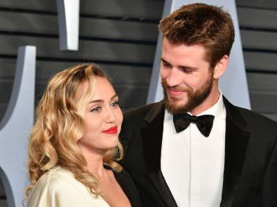 Here's 12 Times Miley Cyrus Gushed About Her Hot Hubby Liam Hemsworth