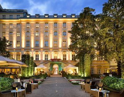 Top 10: the best hotels in Prague Old Town