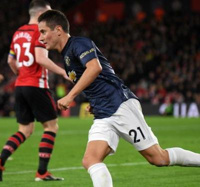 Southampton 2 Manchester United 2: Herrera completes comeback but pressure remains on Mourinho
