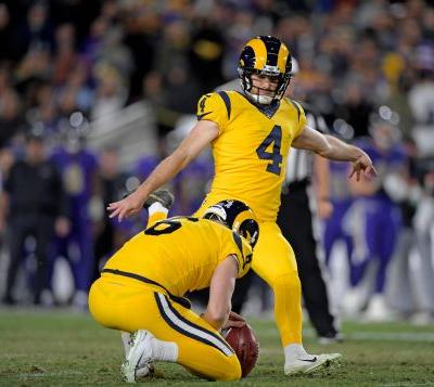 Dallas Cowboys bring on former All-Pro kicker Greg Zuerlein