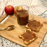 An Easy Slow Cooker Apple Butter Recipe That Makes Your Entire House Smell Like Fall