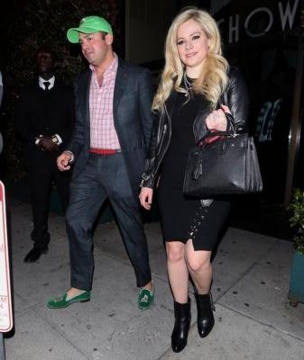 Avril Lavigne Is Reportedly Dating a Billionaire - How's Your Love Life Going?