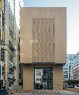 WON Building / moc architects