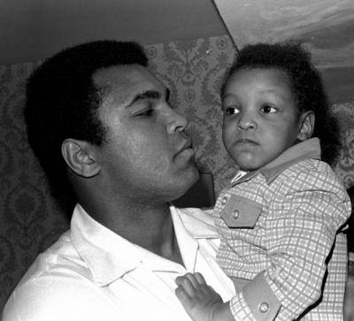 Border agents ask Muhammad Ali's son: 'Are you Muslim?'