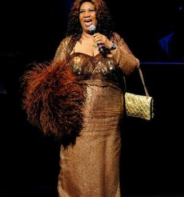 Aretha Franklin's 9 Best Fashion Moments Of The 2000s, Because She Was Queen Of Soul & Style