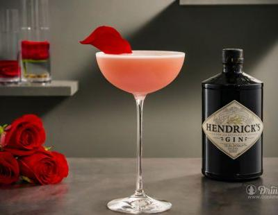 25 Amazing Valentine Cocktails And Where To Drink 'Em