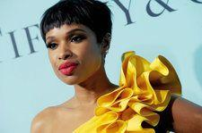Jennifer Hudson Performs Powerful Rendition of 'Amazing Grace' at Aretha Franklin's Funeral